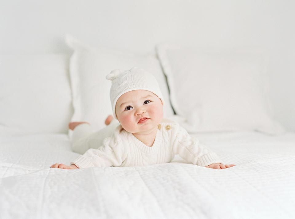Seattlefilm newborn photographer