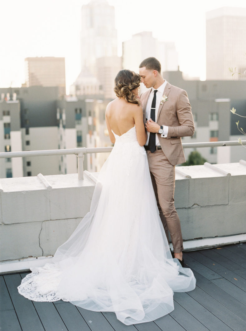 Seattle-Rooftop-Wedding-photographer