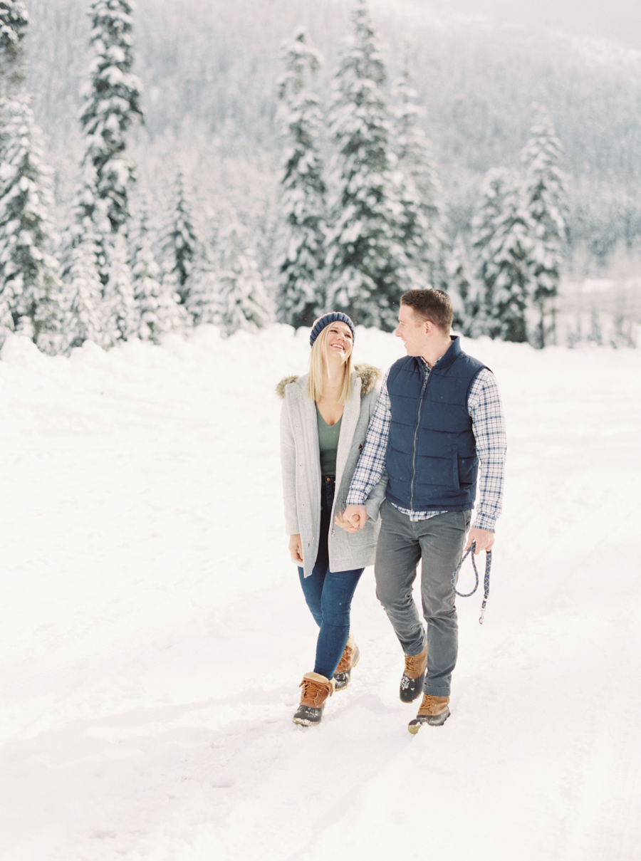 snoqualmie pass snow engagement photos film